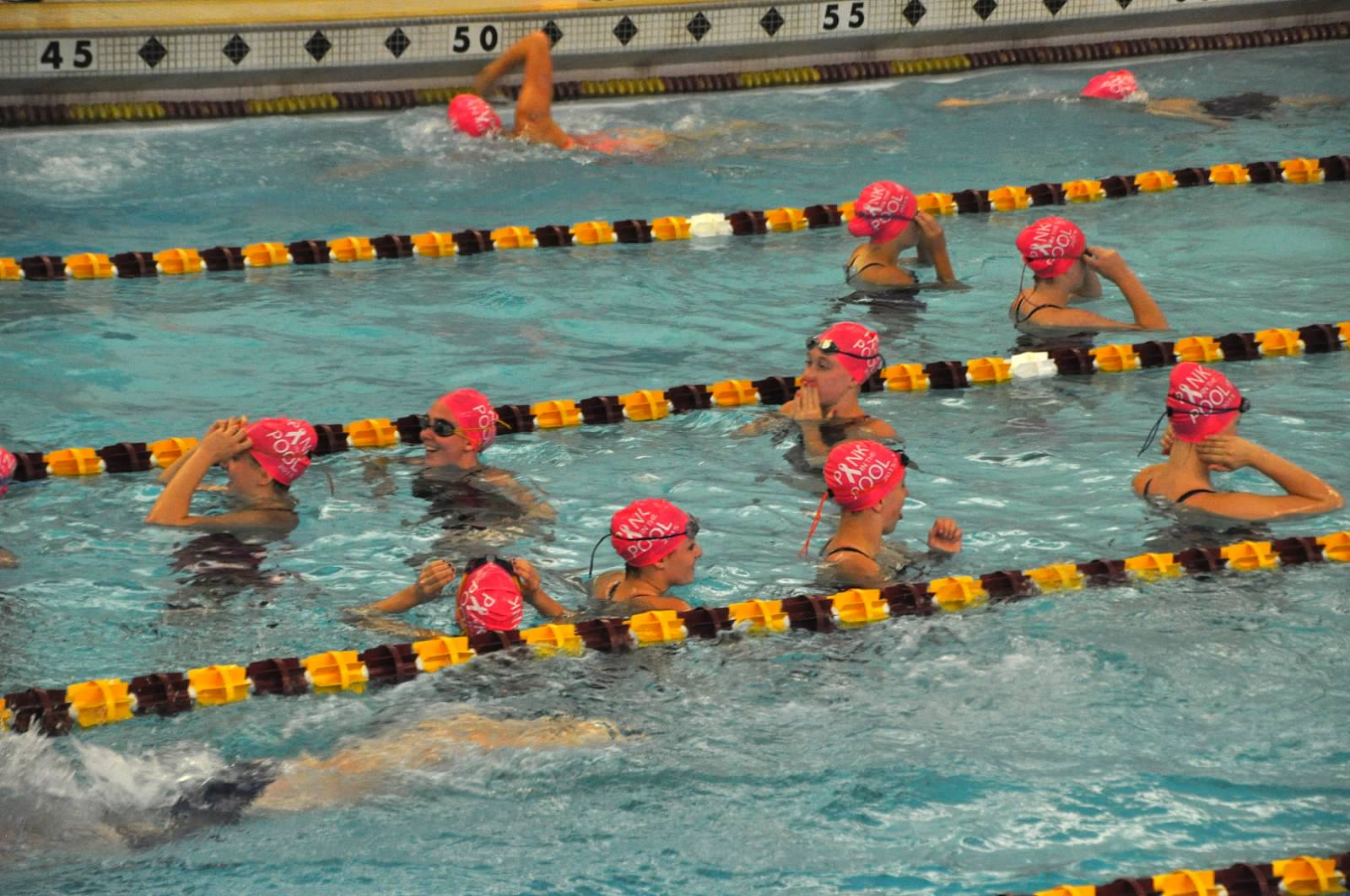 2015 Sept26 Pink in the Pool043