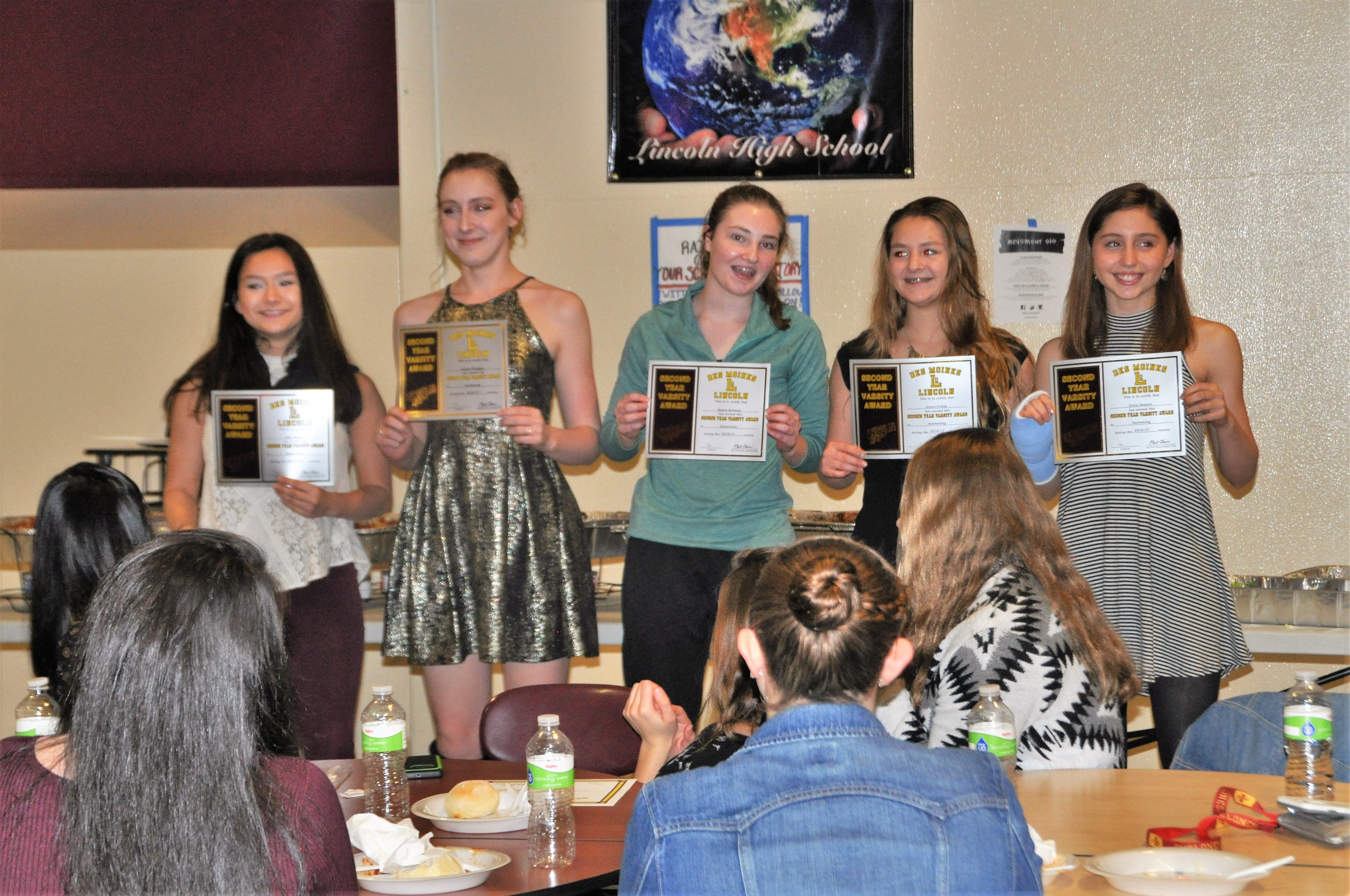 2016-nov8-team-banquet-2nd-yr-varsity